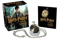 Vignette du livre Harry Potter Horcrux Locket and Sticker Book