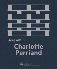 Vignette du livre Living with Charlotte Perriand