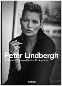 Vignette du livre Peter Lindbergh : A different vision on fashion photography